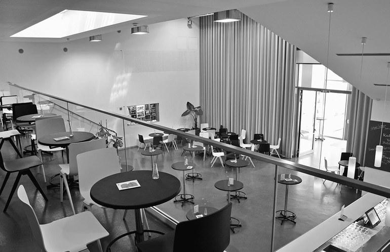 Ein Blick von der Galerie auf unsere Cafeteria