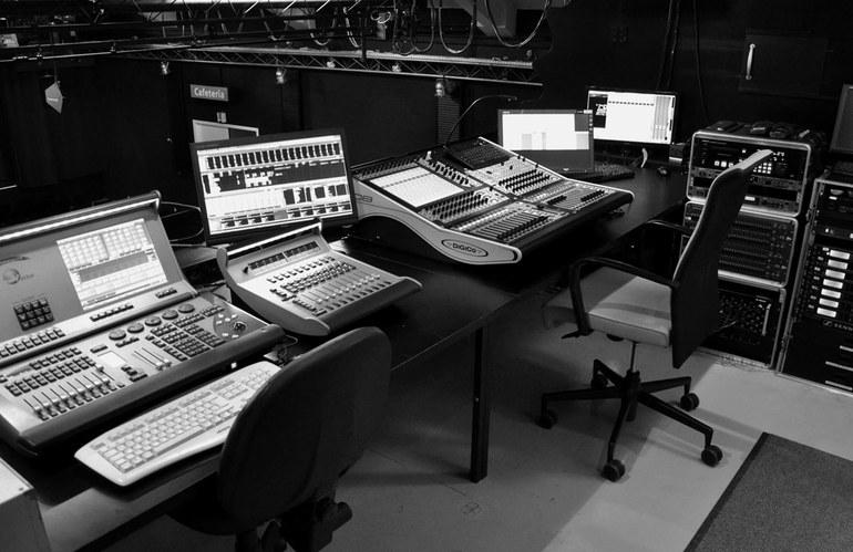 Ein Blick in die Regie (Ton & Lichttechnik)